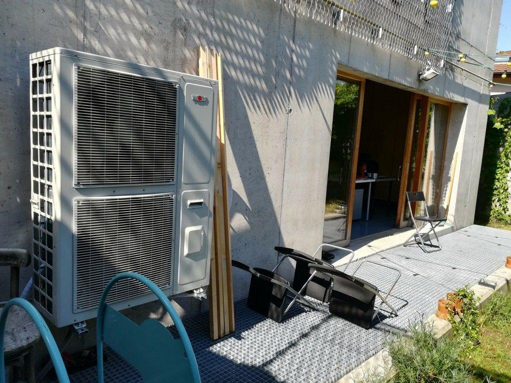 Incalzire racire in pardoseala cu pompa de caldura aer apa